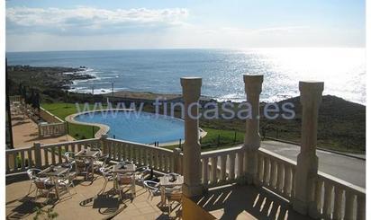 Casas de alquiler con piscina en España