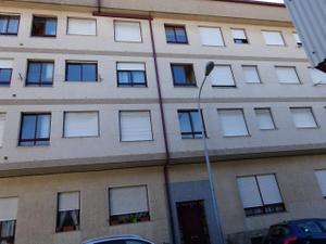 Apartamento en Venta en Novoa Santos / Ribeira