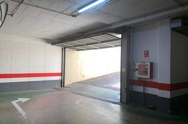 Garaje de alquiler en Calle Lago de Barbarisa, 1, Miralbueno