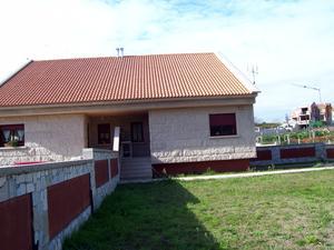 Casa adosada en Venta en Noalla / Sanxenxo