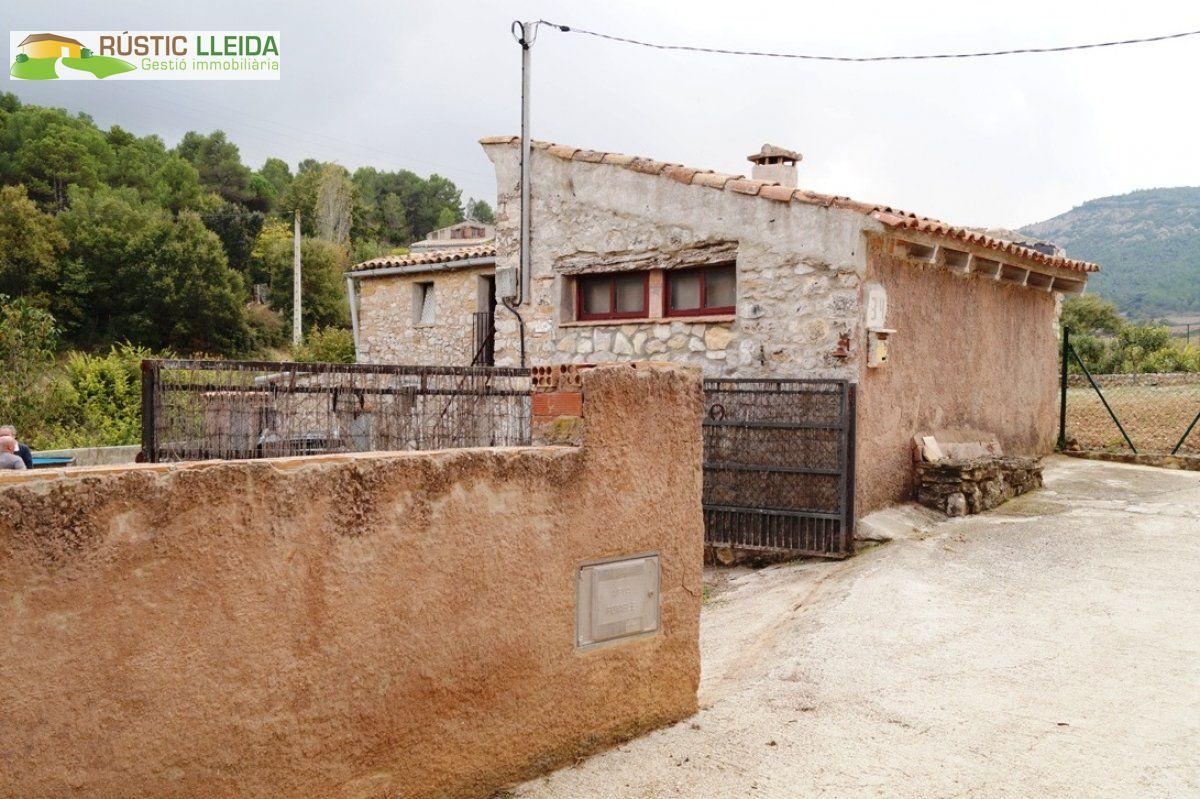 Casa  Conca de barberà - Pontils. Masía (de unos 200 m2) con parcela (de unos 723 m2) en la conca