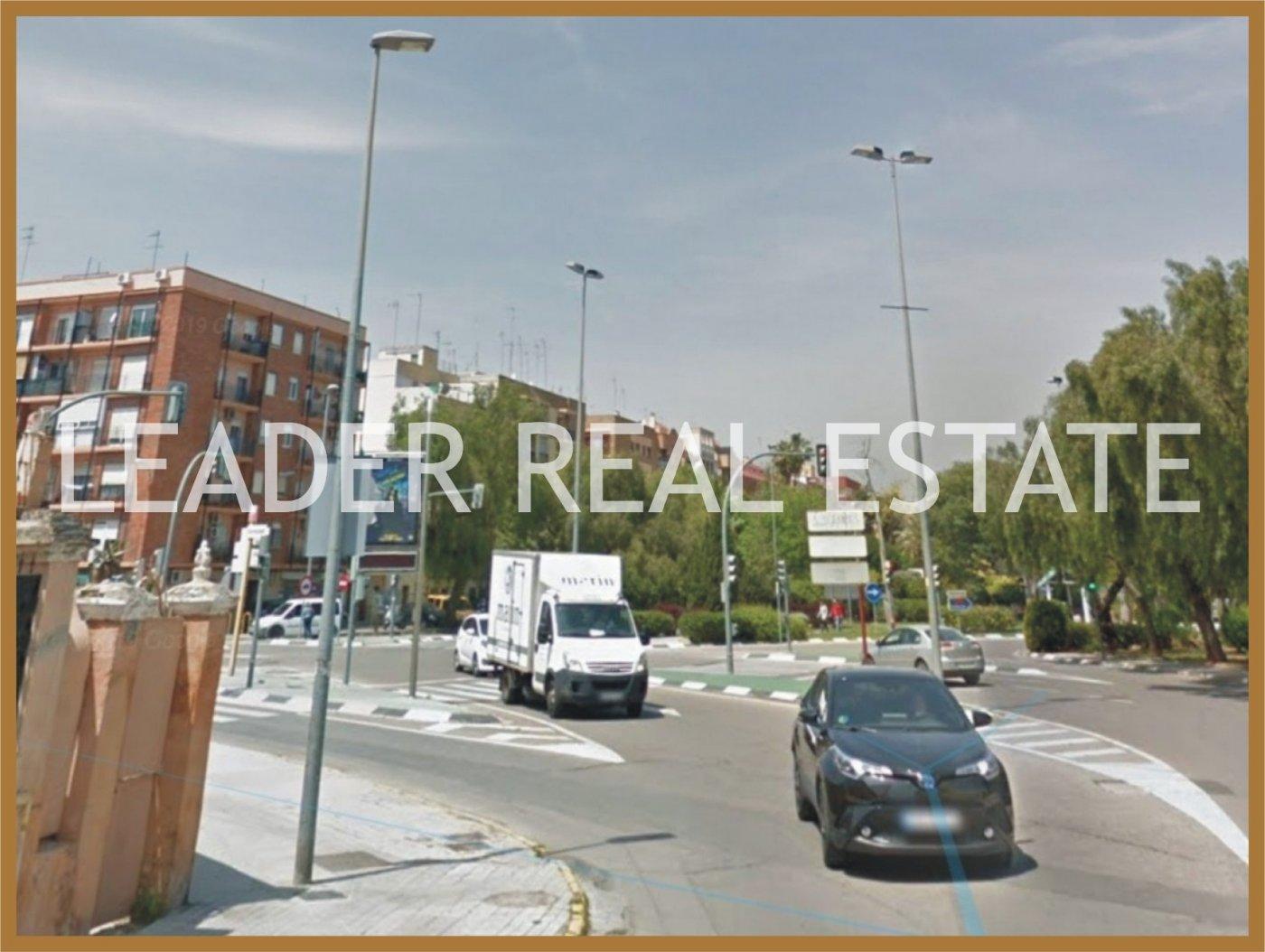 Terrain urbain  Burjassot ,canterería. Solar para construir residencia de estudiantes