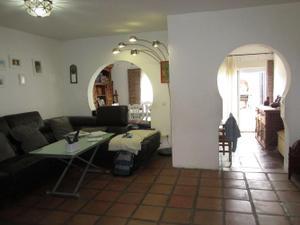 Casa adosada en Venta en Algeciras - Casco Antiguo / San García