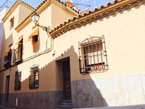 Casa adosada en Venta en Hospederia San Bernardo / Casco Histórico