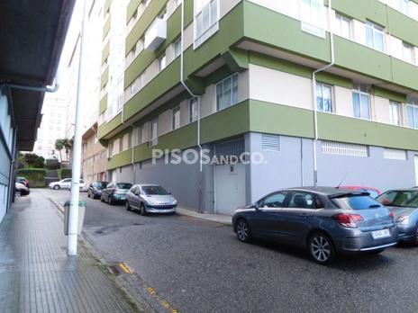 Locales en venta con parking baratos en España