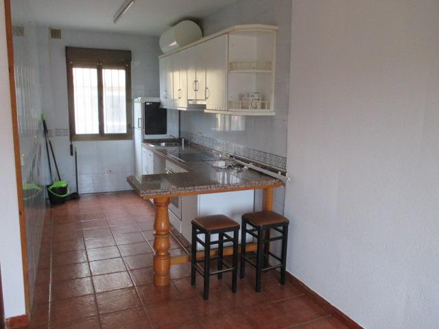 Casa adosada en alquiler en Avenida de Oviedo
