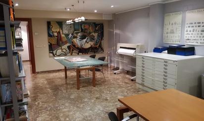 Oficinas de alquiler en Oliva