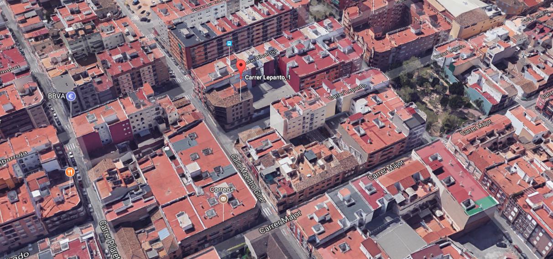 Solar urbà  Solar urbano en la zona del mercado Manises