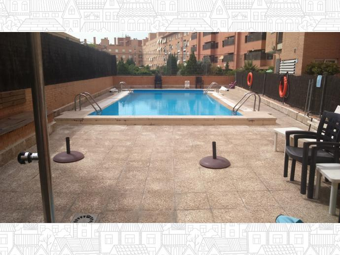 Photo 1 of Flat in Street Luis Mitjans / Adelfas,  Madrid Capital