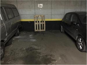 Garaje en Alquiler en Valderribas / Retiro