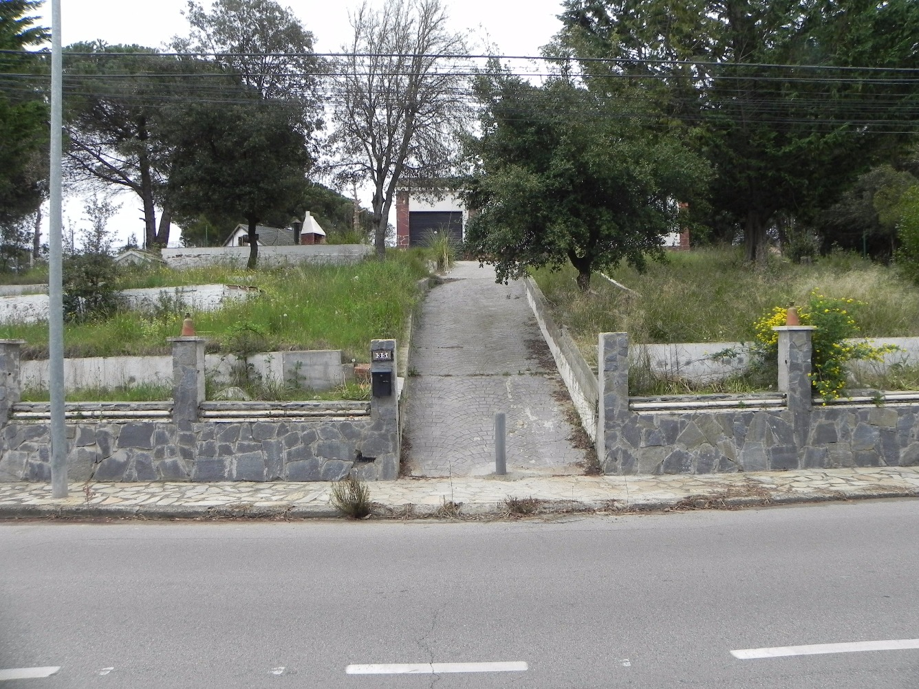 Casa  Centelles, zona de - Seva. Vivienda unifamiliar aislada terminada, ejecutada sobre una parc
