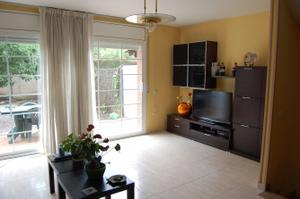 Casa adosada en Venta en Dos de Maig / Altamira - Canaletes