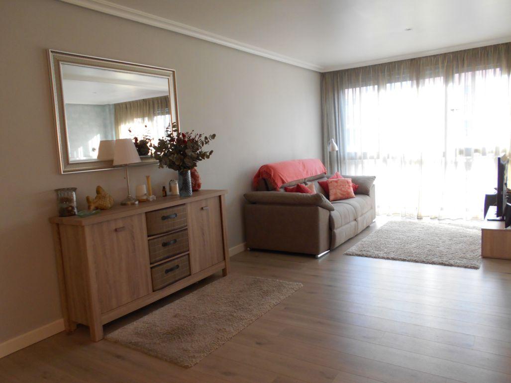 Apartamento en venta en Calle Estartetxe, Leioa