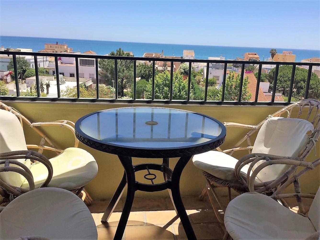 Piso en alquiler con 80 m2, 3 dormitorios  en La Antilla  (Lepe)