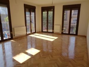 Apartamento en Alquiler en Serranía de Ronda, 3 / Villa de Vallecas