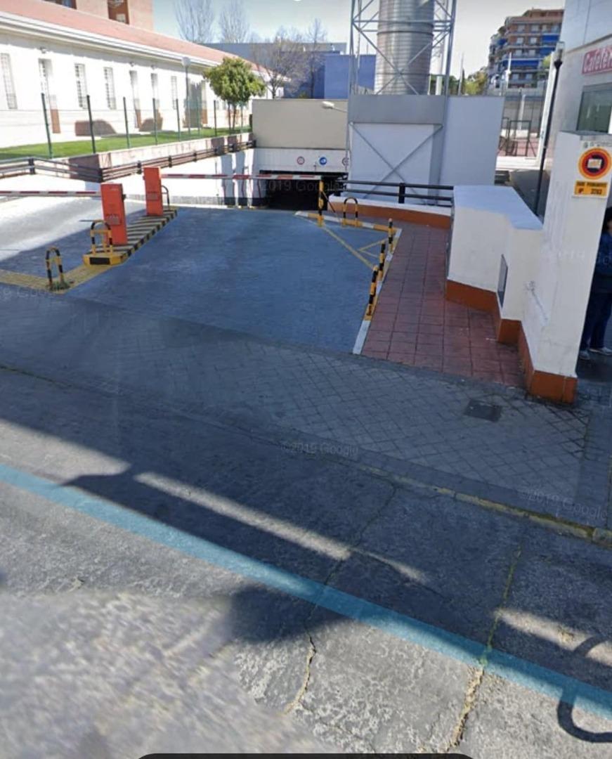 Garaje en venta en Calle Libertad, Villafontana - Estoril I