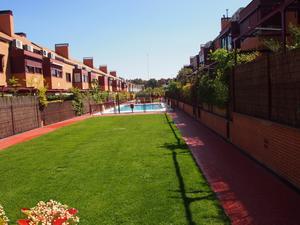Casas adosadas de alquiler con opción a compra con calefacción en España