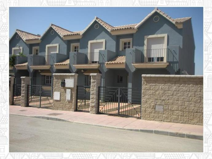 Casa adosada en la l nea de la concepci n en calle palermo 129513823 fotocasa - Casas embargadas en la linea dela concepcion ...