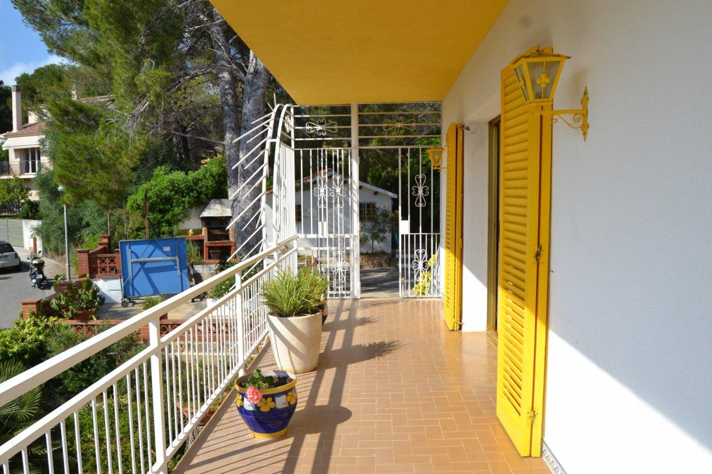 Casa  Calle garrigues. Chalet muy soleado a 2 minutos de la playa