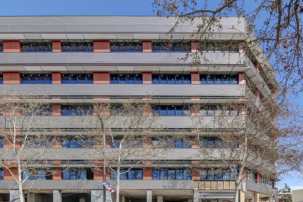 Alquiler Oficina  Rambla marina, 450. Edificio corporativo.