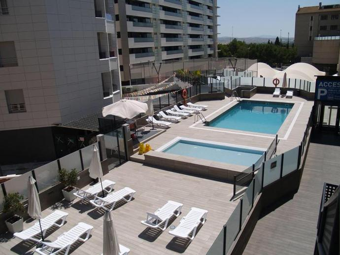Foto 3 de Apartamento en Arabial, 77 Camino de Ronda - Rosaleda