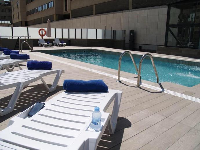 Foto 2 de Apartamento en Arabial, 77 Camino de Ronda - Rosaleda