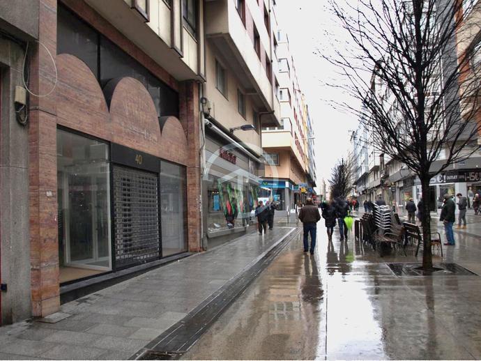 Foto 11 de Local comercial en A Coruña Capital - Ciudad Vieja / Agra del Orzán - Ventorrillo - Vioño, A Coruña Capital