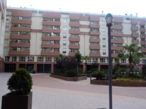 Piso en Alquiler en Plaza Mayor-centro Algeciras / La Granja - La Colina - Los Pastores