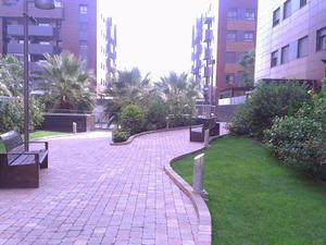Flats to rent at Granada Capital