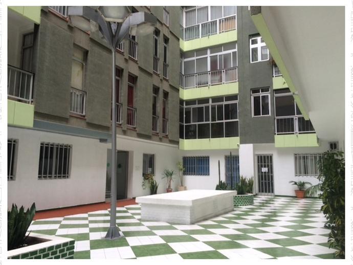 Piso en las palmas de gran canaria en centro en mas de for Alquiler pisos alcaravaneras