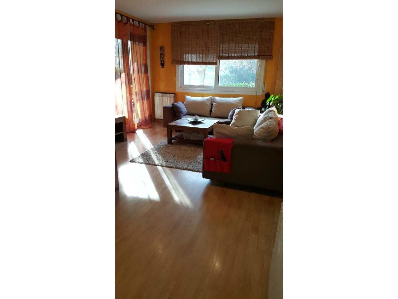 Pis  Vallromanes. Precioso piso en vallromanes de superficie 95m2. distribuido en