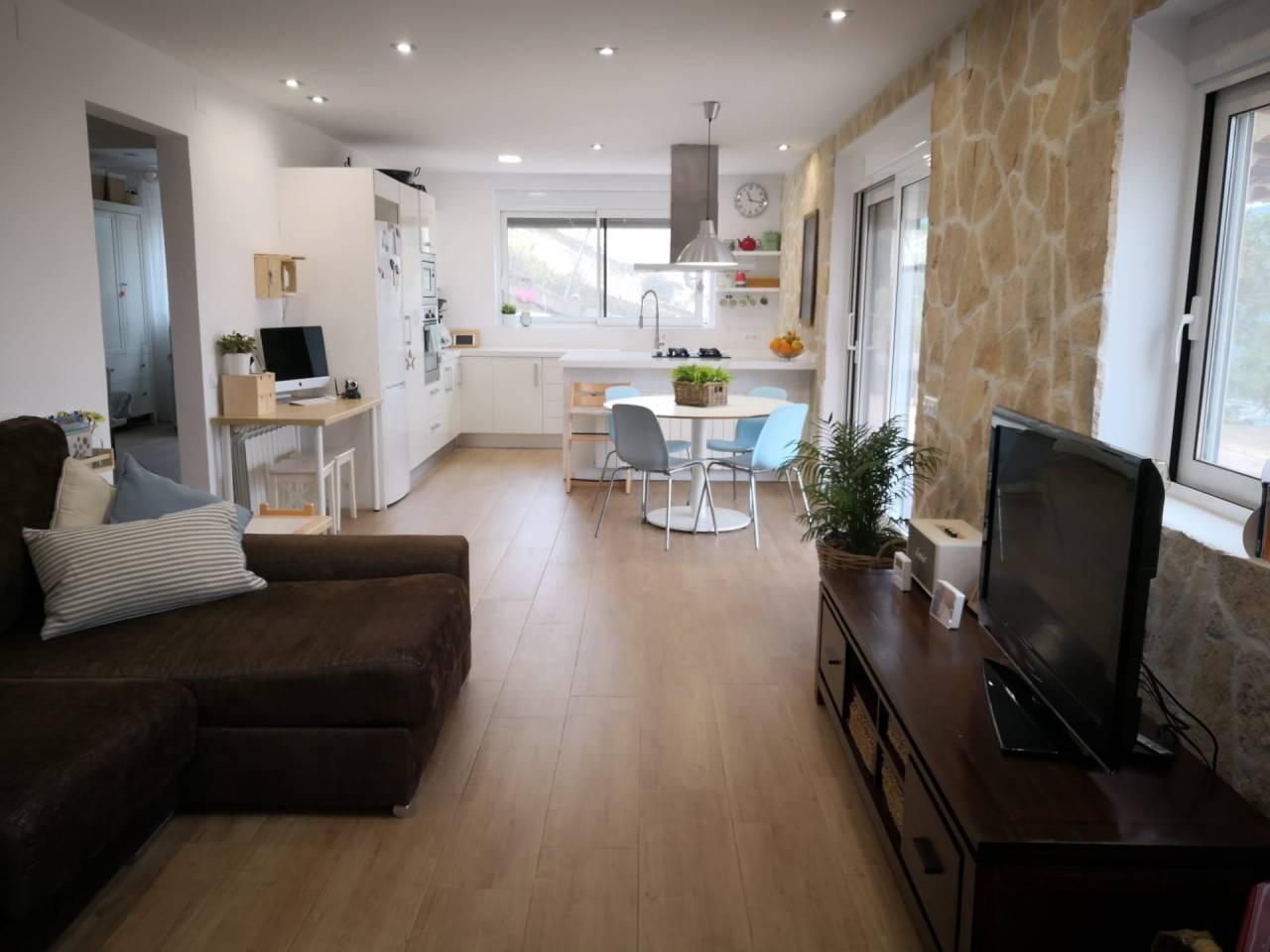 Casa  Vilanova del vallès. Casa de una sola planta de superficie total  aprox. 100 m², en s