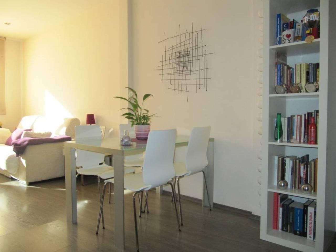 Pis  Vilanova del vallès. Superf. 45 m²,  1 habitación doble,  1 baño, cocina, calefacción