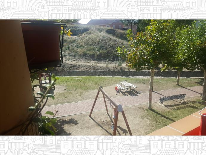 Foto 36 de Dúplex en  General Yagüe / Villamantilla