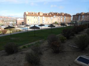 Piso en Alquiler en Arroyomolinos (Madrid) - Zona Zarzalejos / Zona Zarzalejos