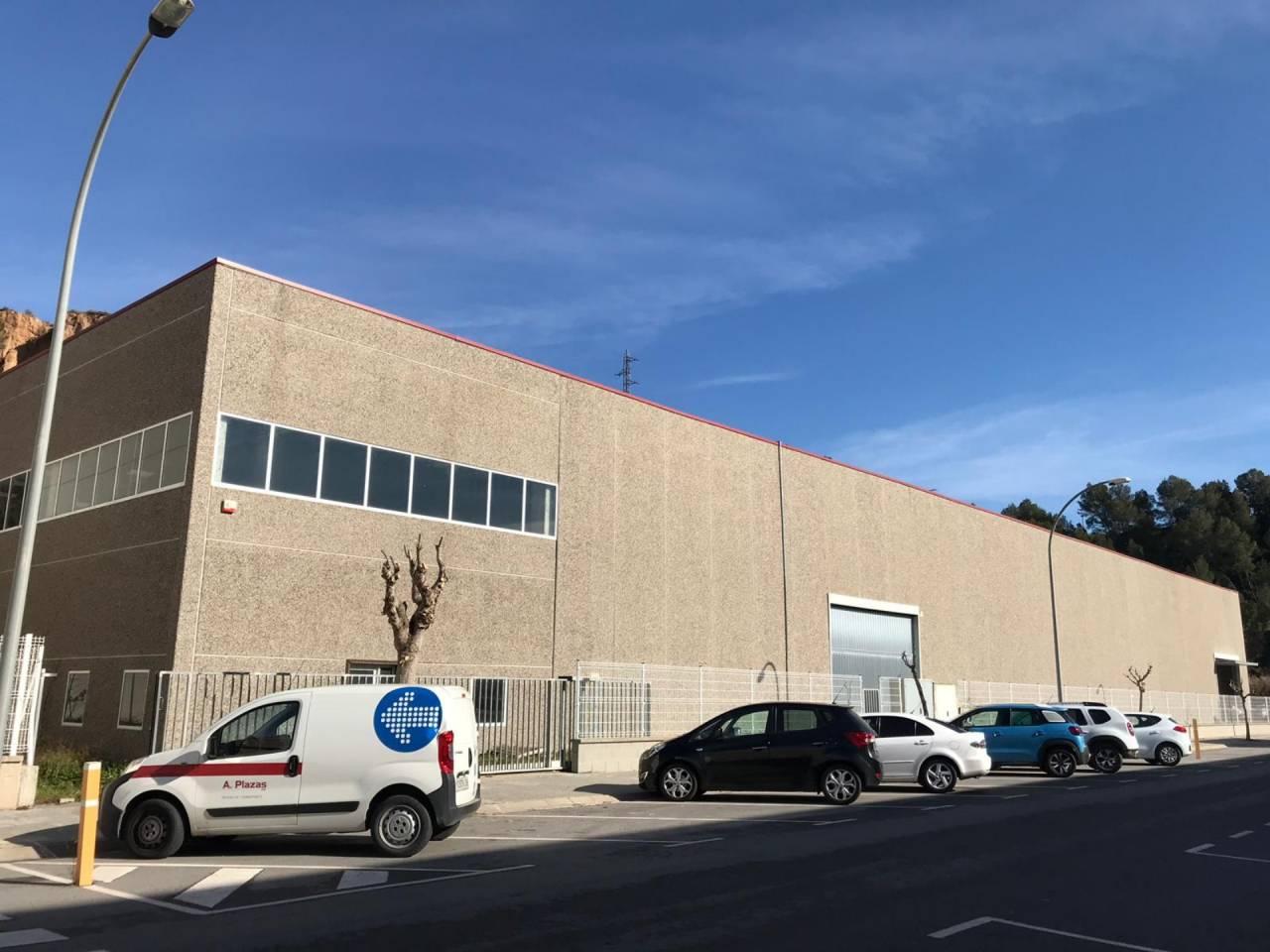 Industrial building  Calle molí d´en guineu, 12. Fincas pardas - en venta nave industrial aislada situada en el p