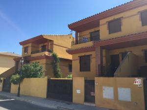 Alquiler Vivienda Casa adosada chipre
