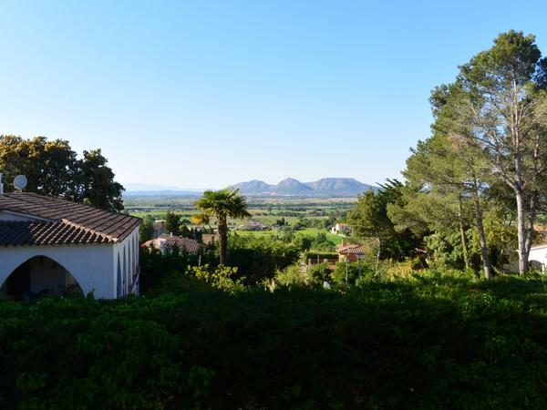 Chalets for holiday rental with terrace at España