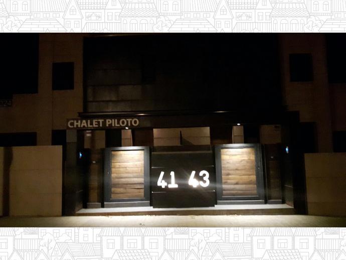 Foto 5 de Chalet en Chalet Pareado En Avenida Castilla León, 43 / Villanueva de la Cañada