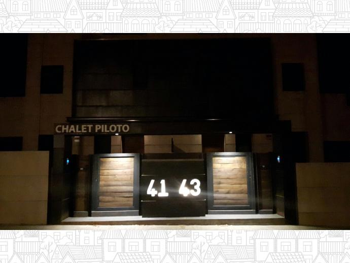 Foto 22 de Chalet en Chalet Pareado En Avenida Castilla León, 43 / Villanueva de la Cañada