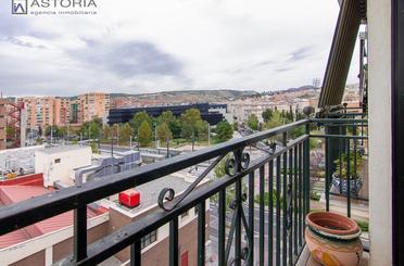 Apartamento en venta en Calle Torre de las Damas,  Granada Capital