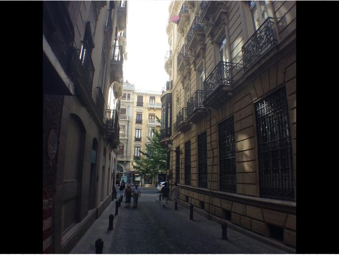 Foto 10 de Apartamento en Calle Cetti Meriem / Centro - Sagrario,  Granada Capital