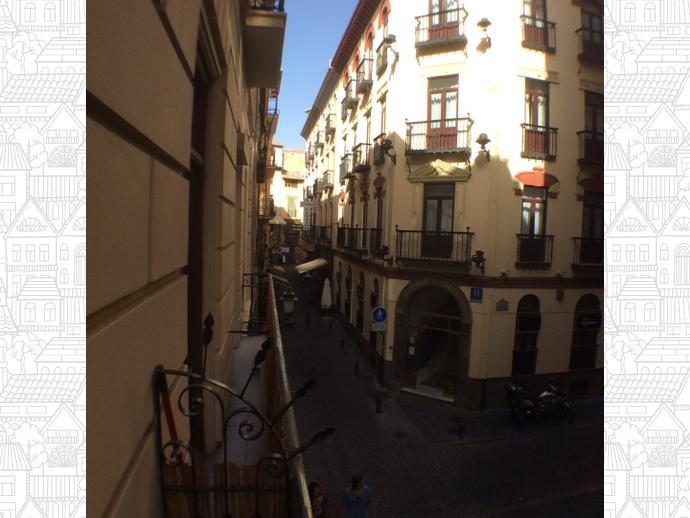 Foto 1 de Apartamento en Calle Cetti Meriem / Centro - Sagrario,  Granada Capital