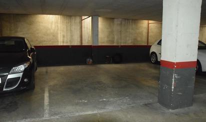 Plazas de garaje en venta en Metro Camp de l'Arpa, Barcelona