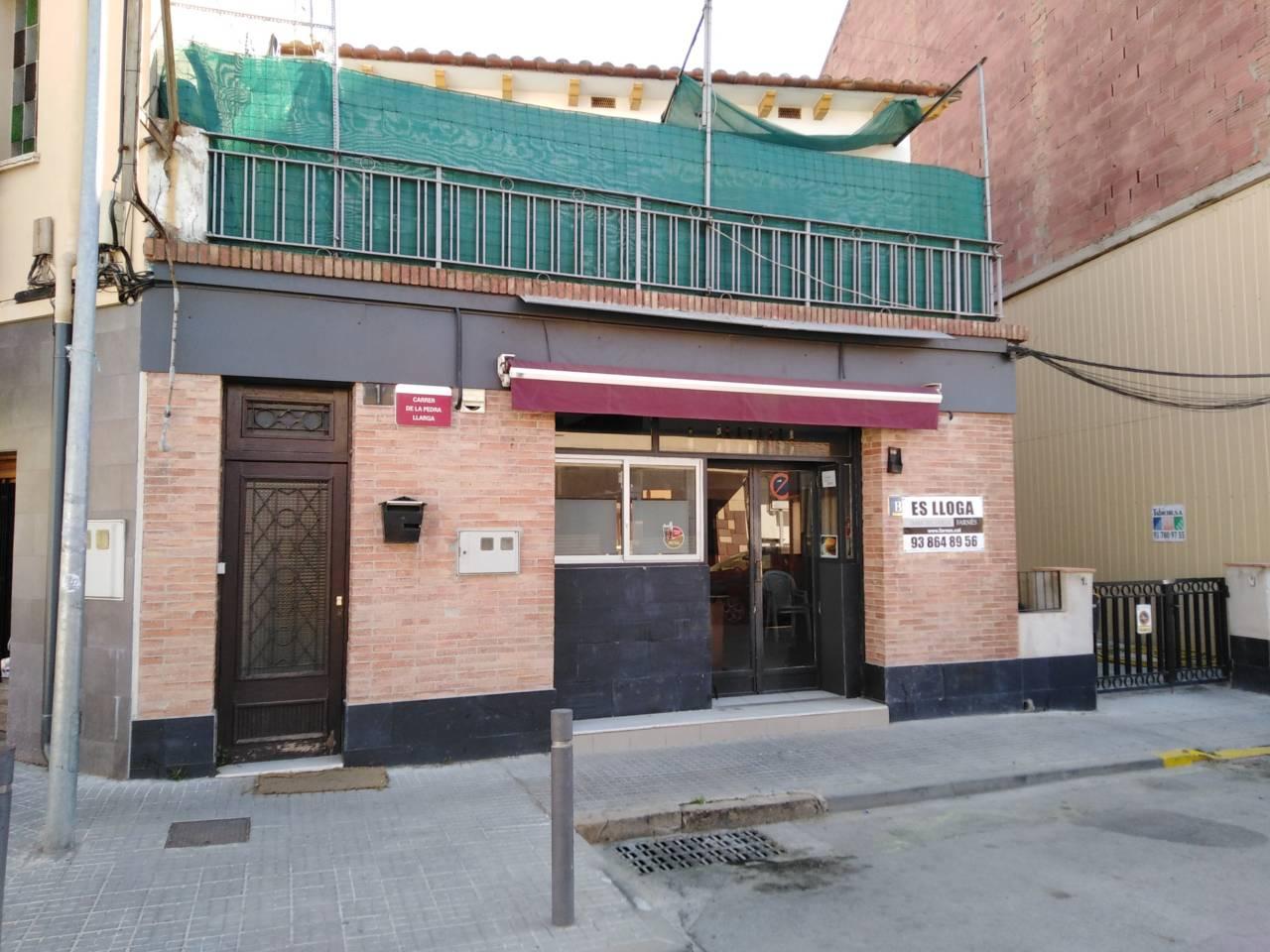 Lloguer Local Comercial  Pedra llarga. Superf. 30 m², no traspaso, posibilidad de terraza!!!!!!!!!!!!!!