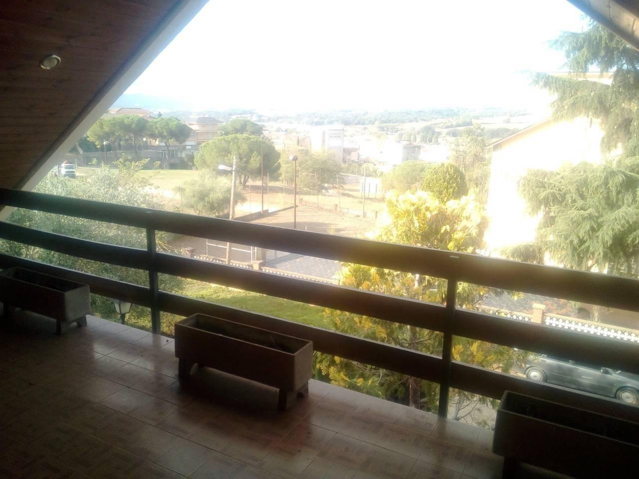Location Maison  El castell. Superf. 589 m², 800 m² solar,  7 habitaciones (6 dobles,  1 indi