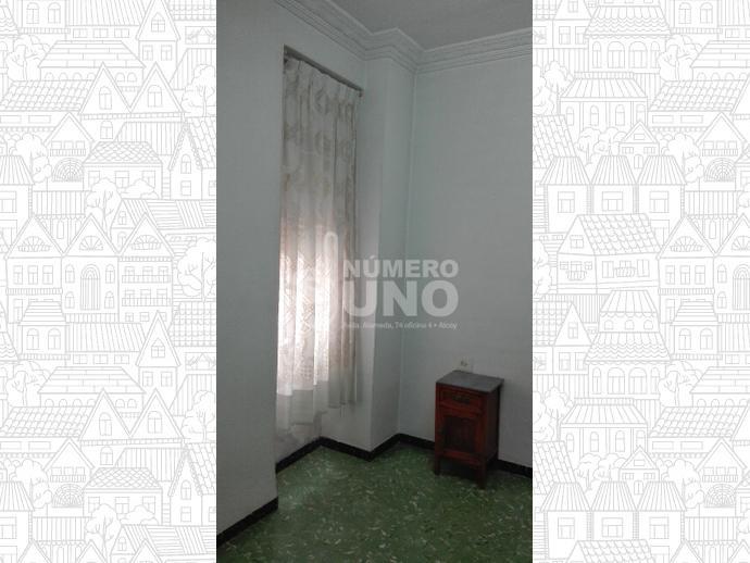Foto 10 de Piso en Alcoy, Zona Ensanche / Alcoy / Alcoi