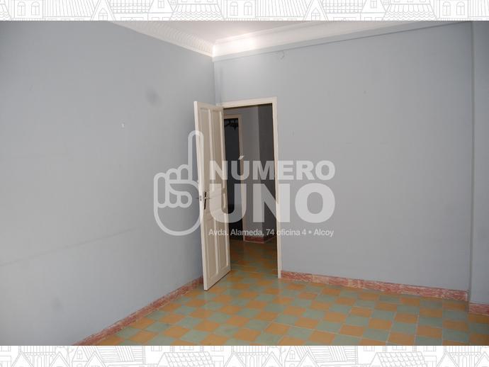 Foto 11 de Piso en Alcoy, Zona De Santa Rosa / Alcoy / Alcoi