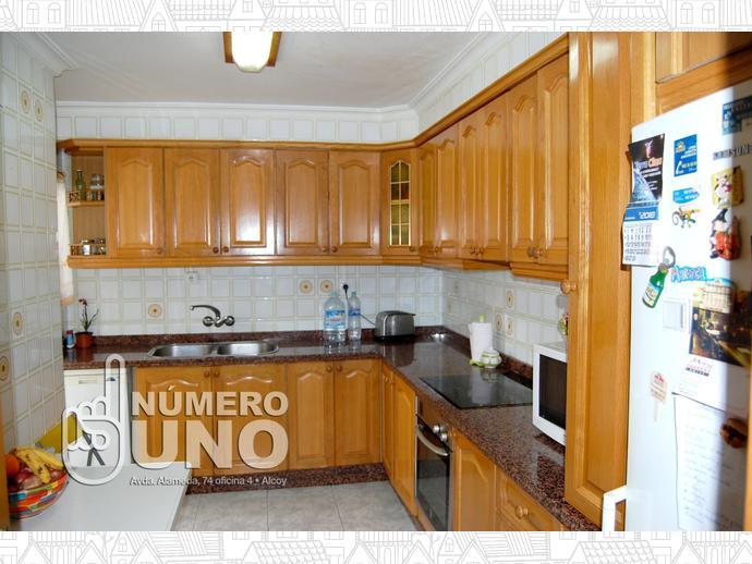 Foto 12 de Piso en Alcoy, Zona De Santa Rosa / Alcoy / Alcoi