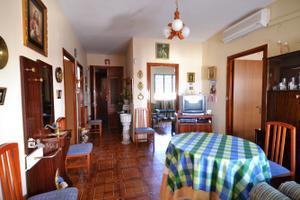 Casa adosada en Venta en De la Barca / Palma del Río